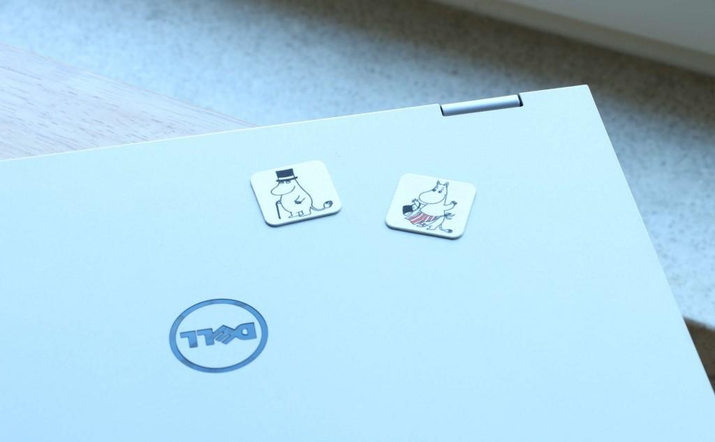 ムーミンスマホクリーナーISOISÄN PUULELUTムーミンパパとムーミンママをパソコンに貼る