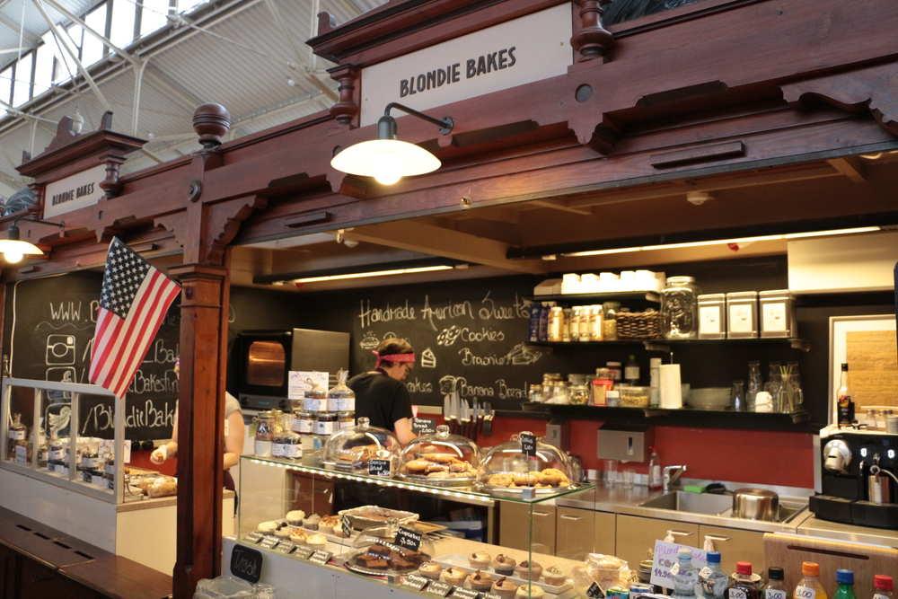 オールドマーケットホール内のカフェBlondie Bakes