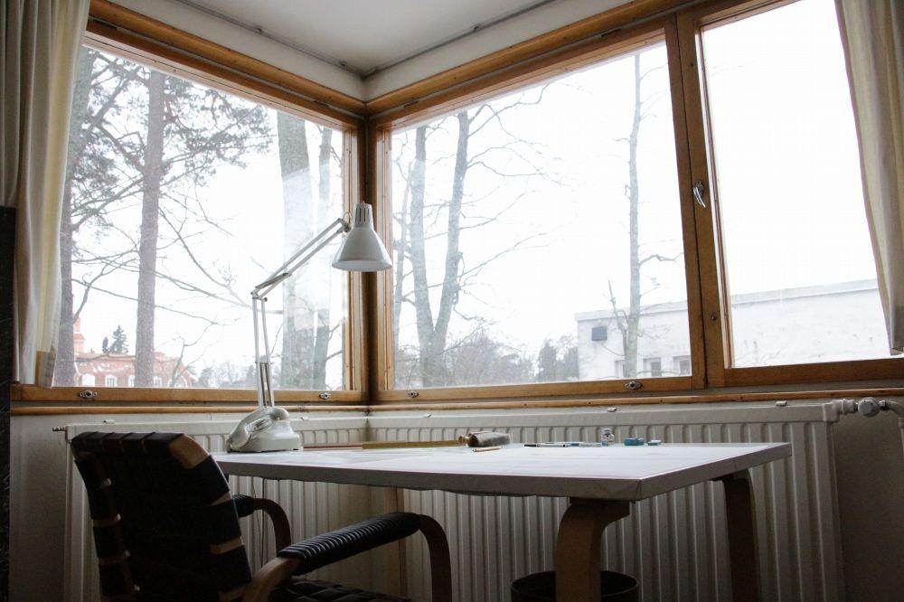 アルヴァ・アールト自宅にある仕事デスク