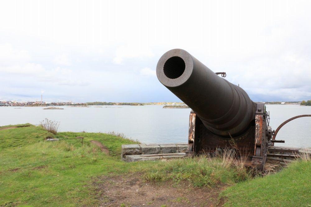 スオメンリンナにある大砲