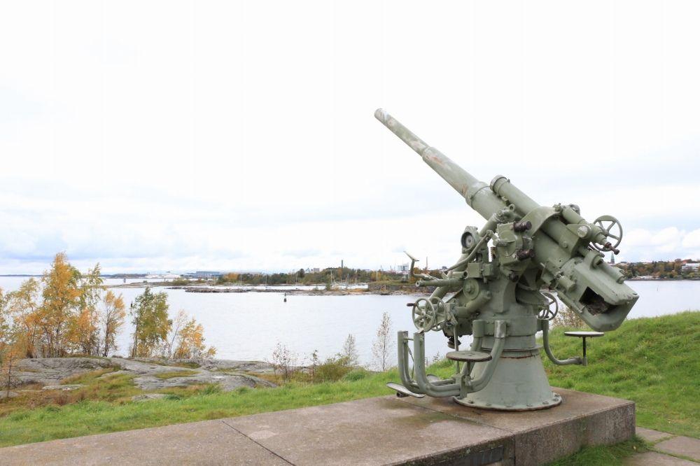 スオメンリンナにある高射砲台
