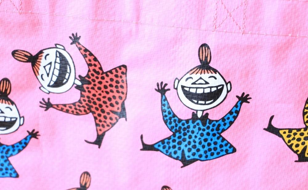 ムーミンエコバッグBlue House笑うリトルミイ(ピンク)細部拡大写真