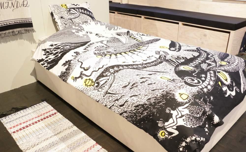 フィンレイソン掛け布団枕カバーセット新海のオーケストラ号ムーミンパパの思い出 2017斜め正面画像