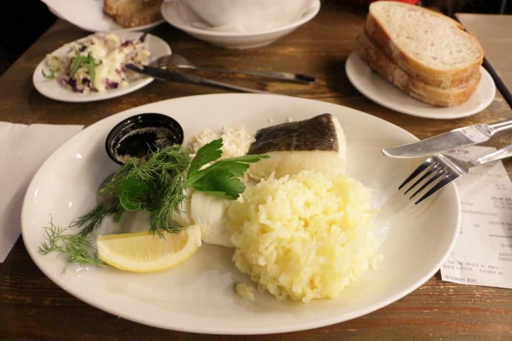ストックホルム市中心の人気海鮮料理店Kajsas fisk