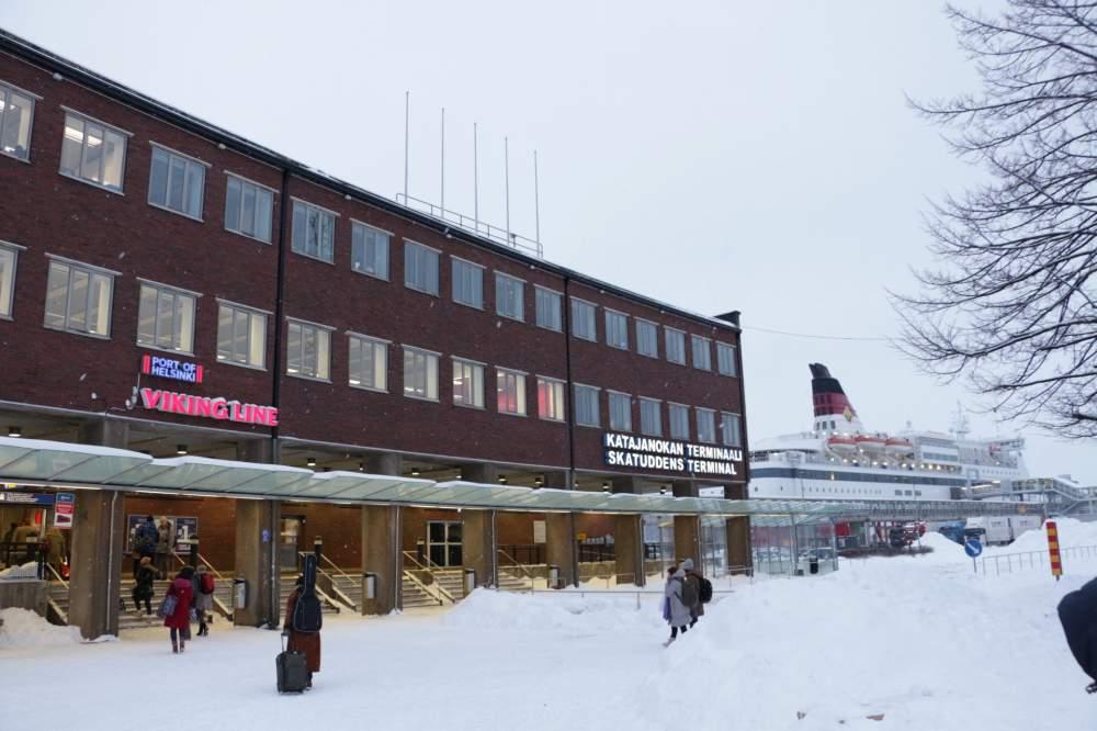 価格が最も安いフェリー会社ヴァイキングラインのヘルシンキターミナル