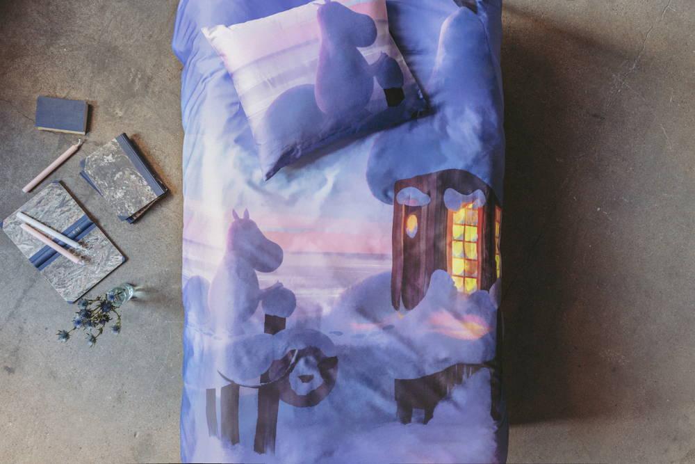 フィンレイソン掛け布団枕カバーセット:ムーミン谷のなかまたち(冬)2019中央画像